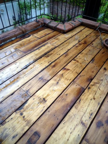 New York Eco Brooklyn Salvaged Green Deck