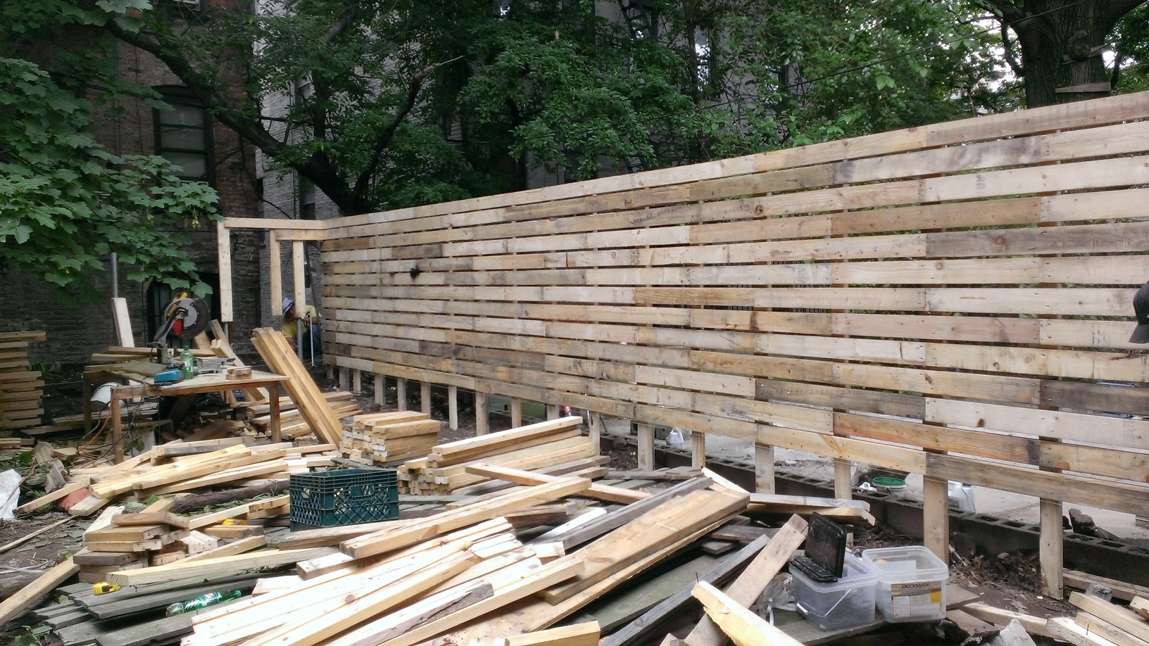 Crown Heights Project 100 Salvaged Material Fence Eco